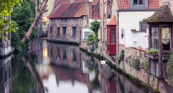 Antwerp limousine service-themed tour-Bruges canal