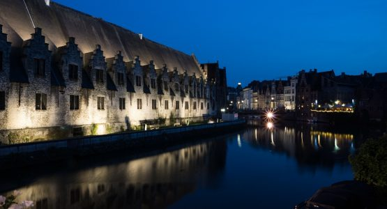 Antwerp limousine service-themed tour-Gent by night